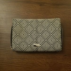 Thirty-One Jewell Wallet Clutch Crossbody